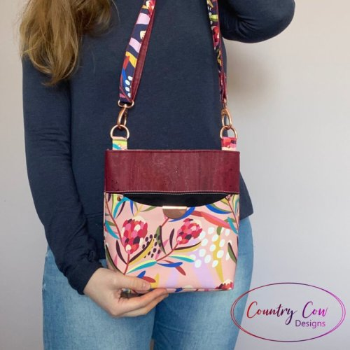 Teloujay Crossbody - PDF Sewing Pattern by Country Cow Designs