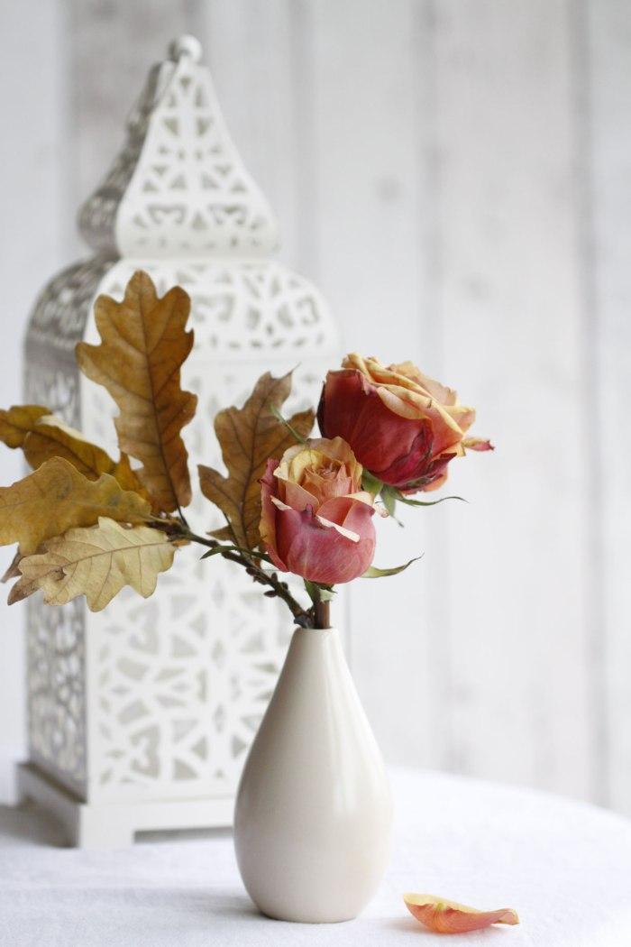 Roses-&-Oak-leaves
