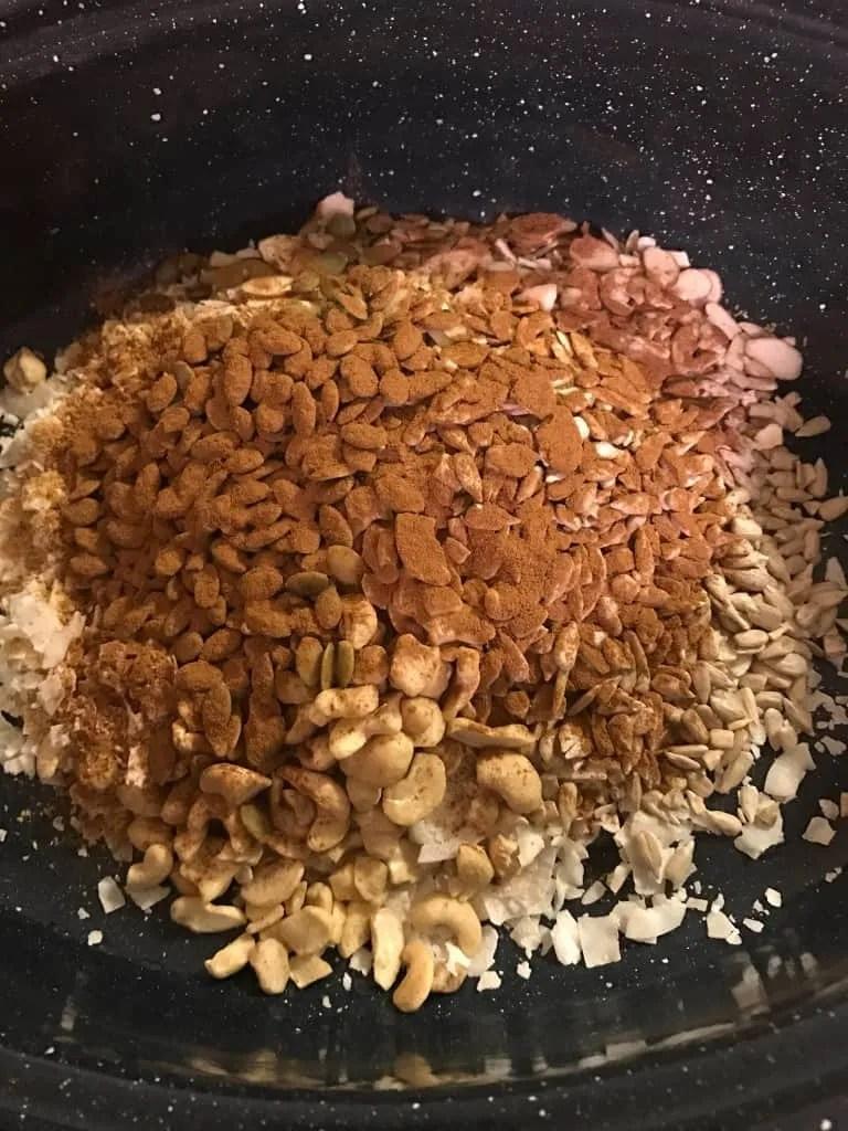 Low Carb Granola (THM-S, Sugar free, Low Carb)
