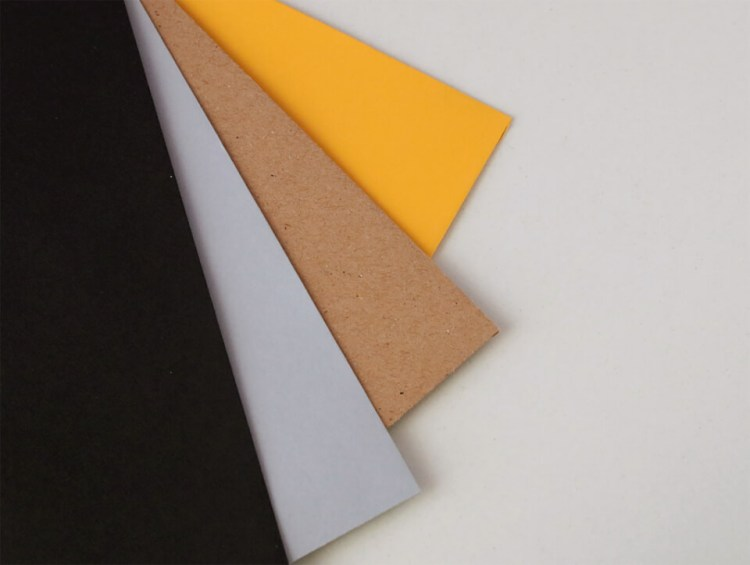 Sobres para bodas y eventos, amarillo, kraft, gris y negro