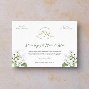 Invitación de boda clásica jazmín iniciales