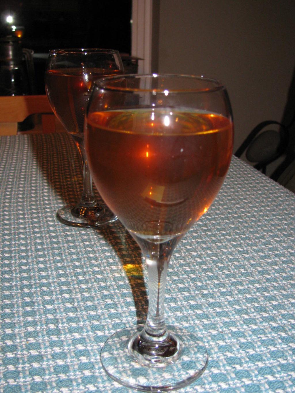 make your own wine, wild wine, dandelion