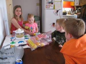 The Kids Making Fresh Lemonade
