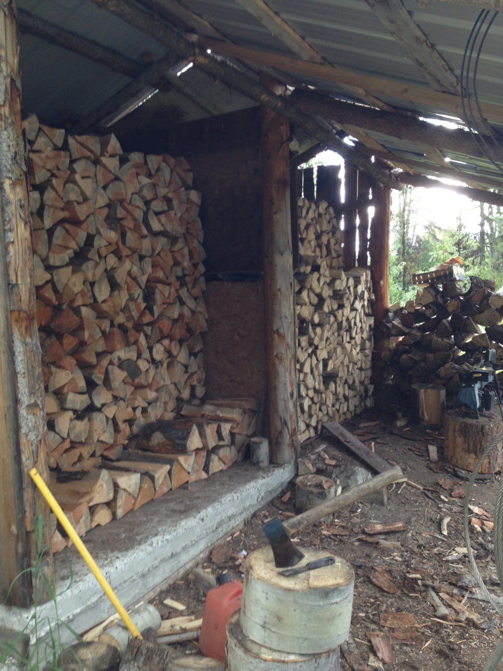 finding free firewood, heating with wood, woodstove