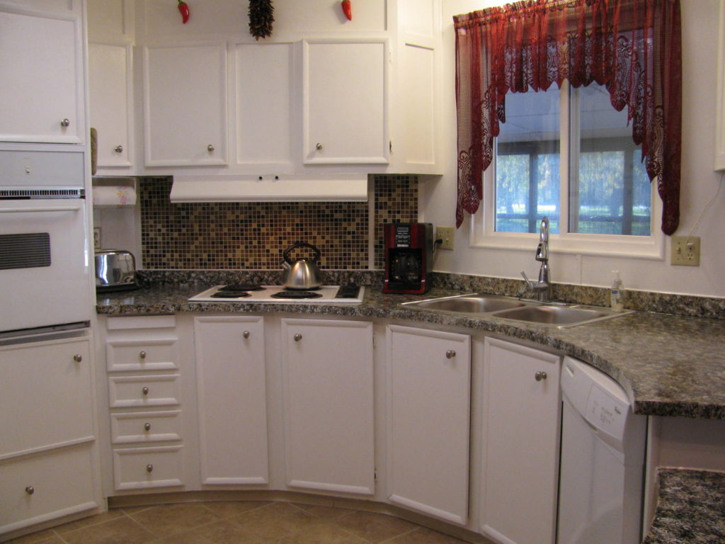photo of finished job of painting formica countertops