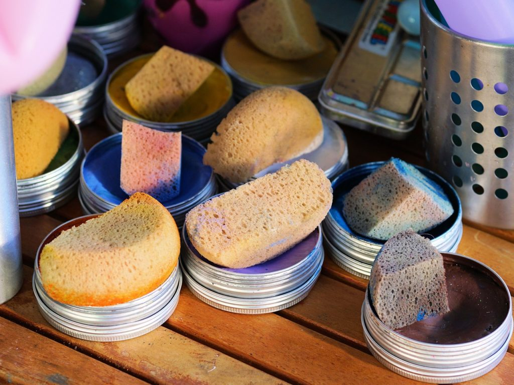 sponges used to apply the countertop acrylic paint