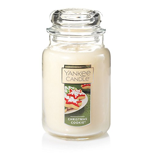 A cookie scented Candle