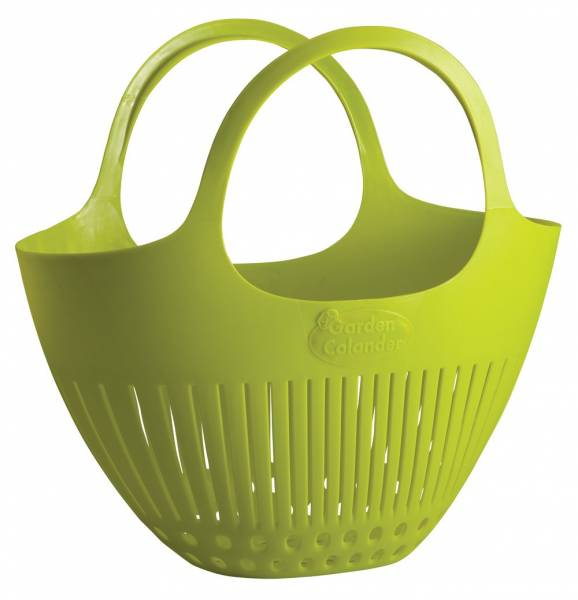 This harvest basket colander is an awesome gift idea for the gardener in your life.