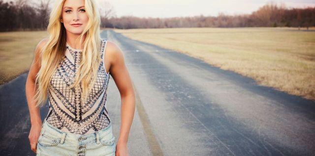Stephanie Quayle on Country Music News Blog!