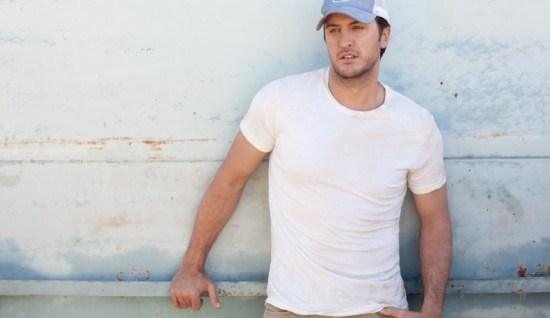 Luke Bryan on Country Music News Blog!