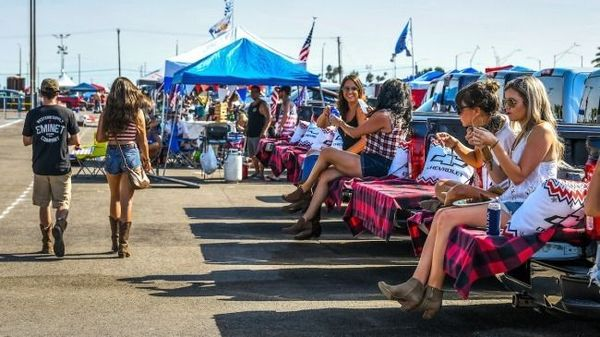 Tailgating Through Summer 2020 | The Country Concert Culture of Corona Recovery