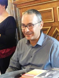 Kamel Daoud en signature (c)