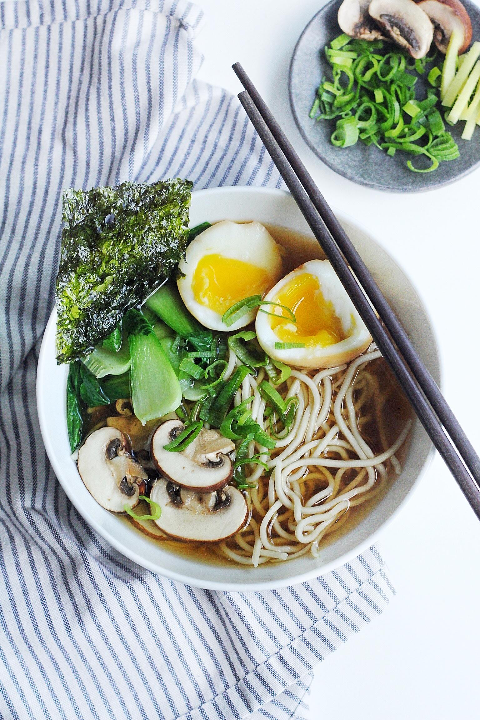Easy light shoyu ramen soup couple eats food forumfinder Images