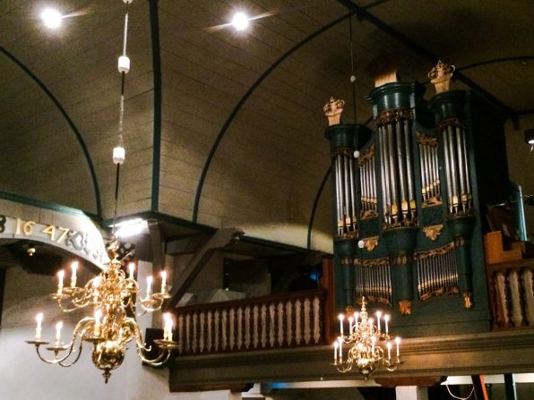 Organ at St. Nicolas church | Dutch Island Vlieland Autumn Weekend © Coupleofmen.com