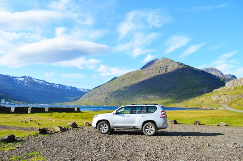 Parking over night with a view | Gay Couple Road Trip East Iceland © Coupleofmen.com