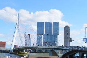 Harbor view Rotterdam with Erasmus Bridge | Gay Couple City Weekend Rotterdam © CoupleofMen.com