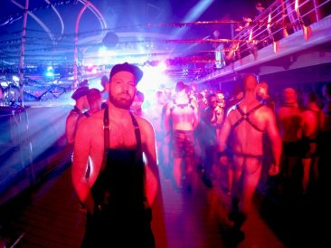 Tips European Gay Cruise Fetish Party | Gay Men Tips La Demence The Cruise © CoupleofMen.com