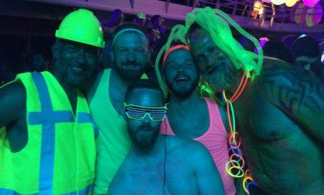Neon Party | Gay Men Tips La Demence The Cruise © CoupleofMen.com