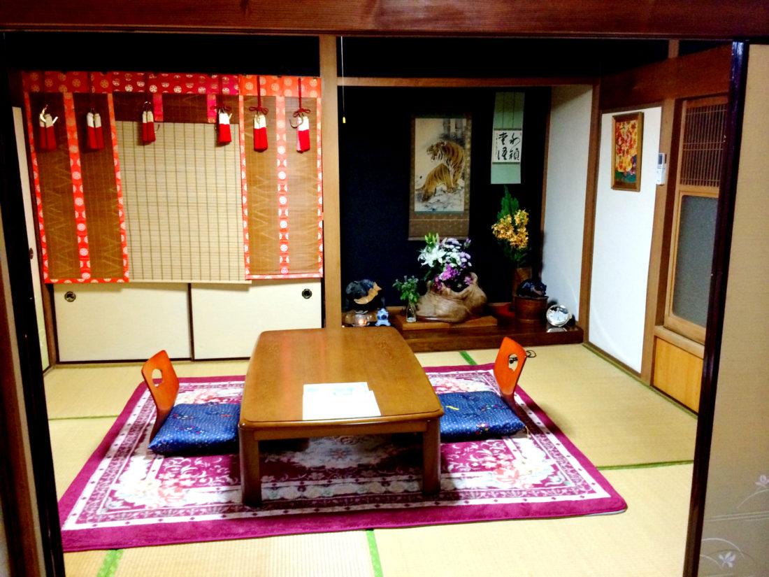 Our two rooms at Minshuku Tsugizakura in Chikatsuyu © CoupleofMen.com