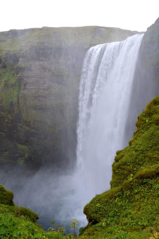 Skógafoss Waterfall Iceland   Golden Circle Tour Iceland Þingvellir Geysir Gullfoss © CoupleofMen.com
