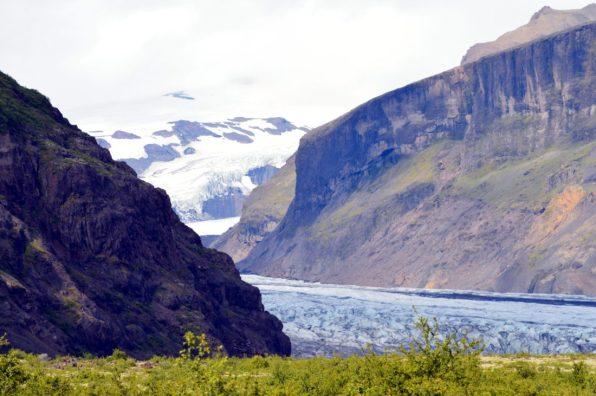 no_mans_land_of_the_skaftafell_glacier_ice_04