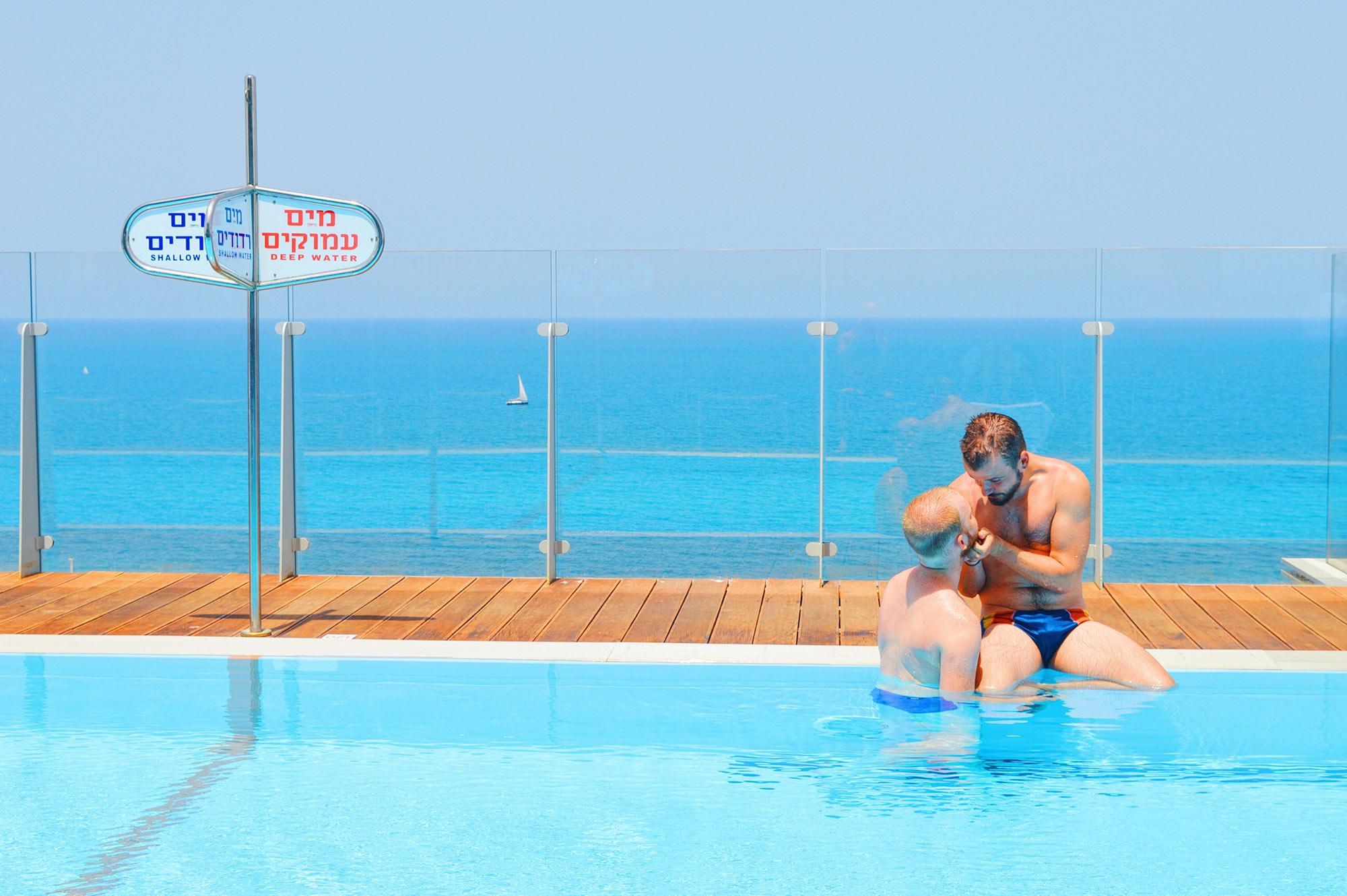 Gay-friendly Carlton Beach Tel Aviv Carlton Beach Hotel Tel Aviv Israel gay-friendly © CoupleofMen.com
