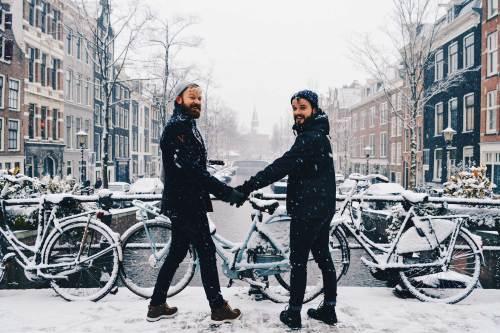 Dutch Winter Day Amsterdam Netherlands in February | © CoupleofMen.com