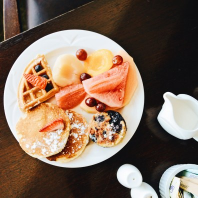 Delicious breakfast with lake view at Gay-friendly Hotel © CoupleofMen.com