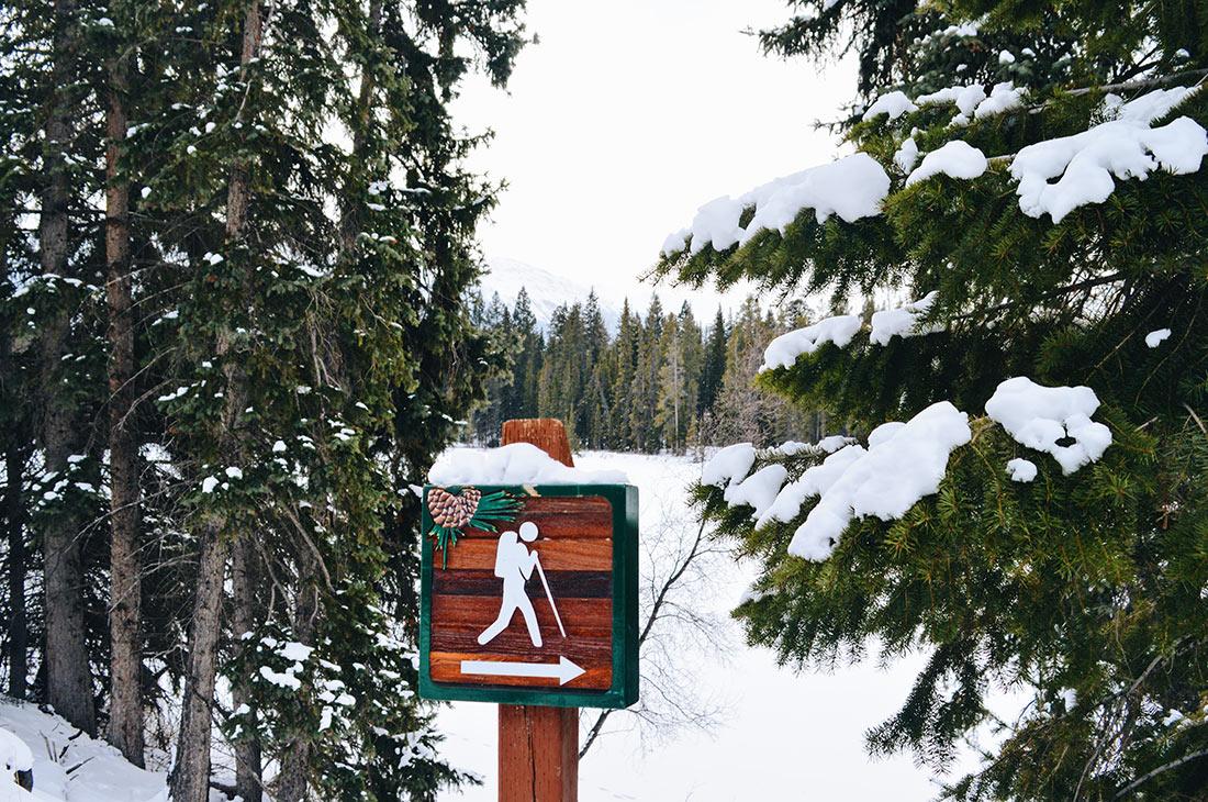 Hiking around Fairmont Jasper Park Lodge Alberta Canada © CoupleofMen.com