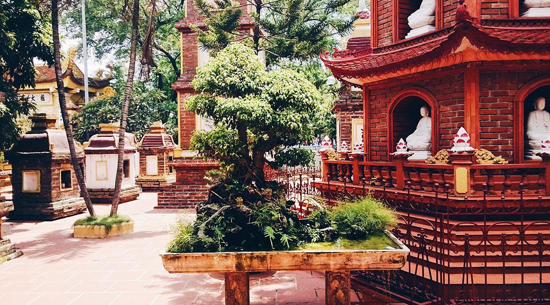 Buddhist Temple in Hanoi | Top Highlights Best Photos Gay Couple Travel Vietnam © CoupleofMen.com