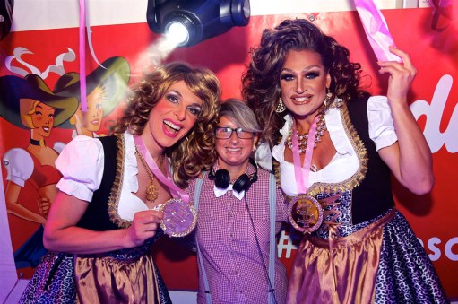 Drag Queens Melli & Mataina at Almdudler Almrausch Party 2016   Gay Travel Blogger Pink Lake Festival Austria