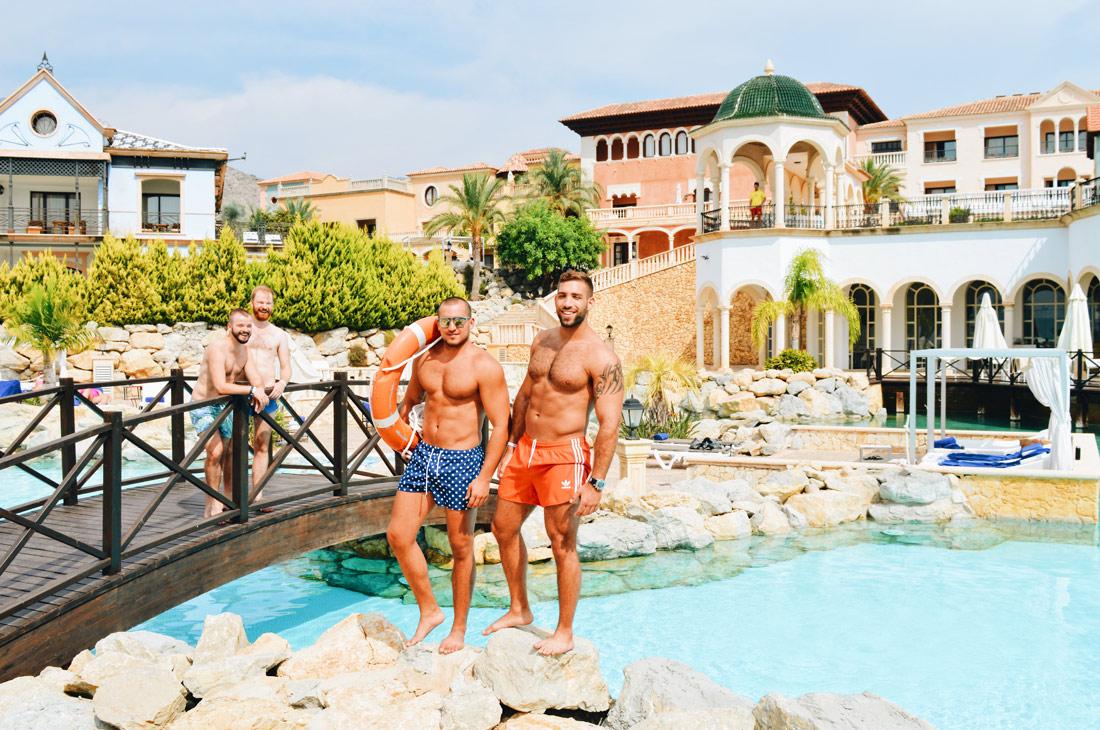 Photos with two models from Tel Aviv by the Pool | The Level Meliá Villaitana Benidorm gay-friendly © CoupleofMen.com