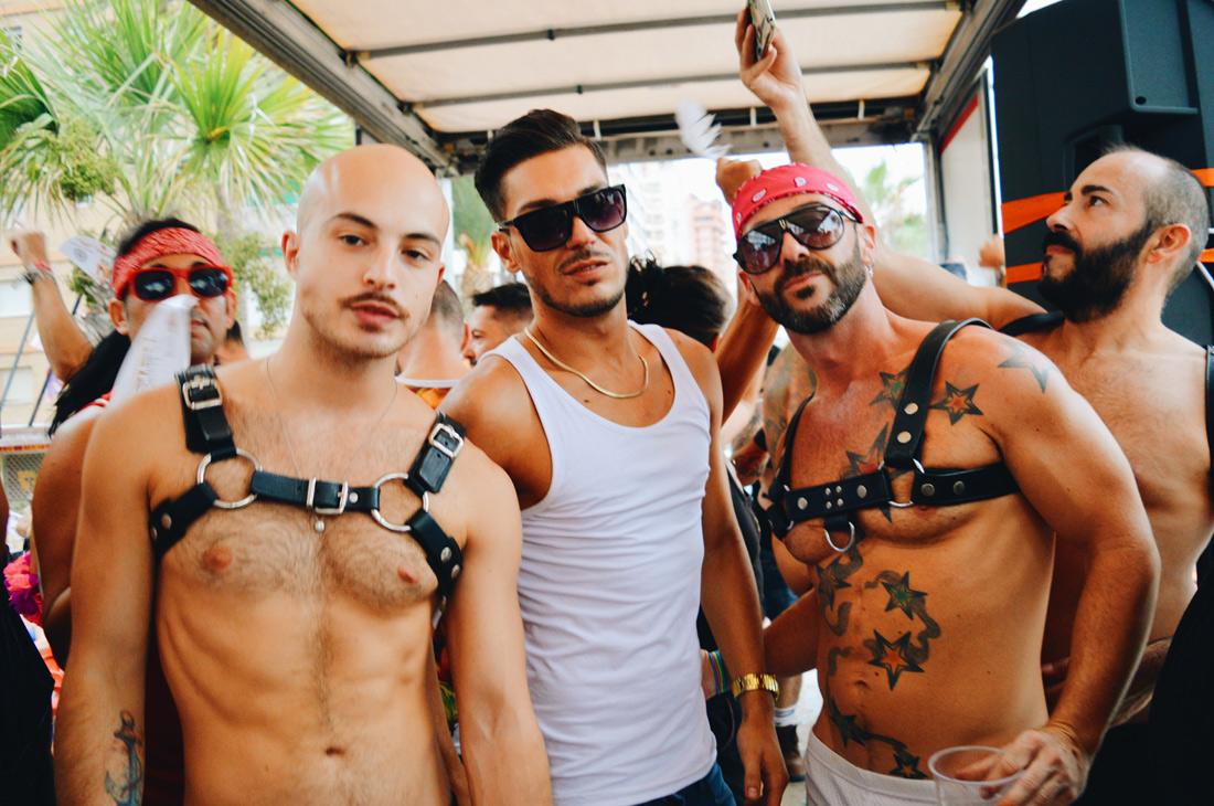 Men gay com