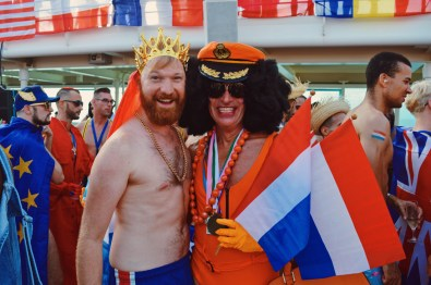 Dutchies among themselves   Where are you from Party The Cruise 2017 © CoupleofMen.com