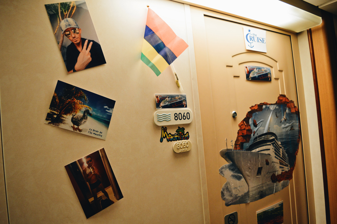 Decorated cabin on the Cruise Ship | Gay Couple Travel Diary The Cruise 2017 © CoupleofMen.com