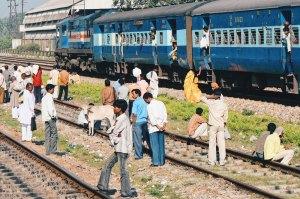 Train trip from Varanasi to Gorakhpur | Gay Travel Nepal Photo Story Himalayas © CoupleofMen.com