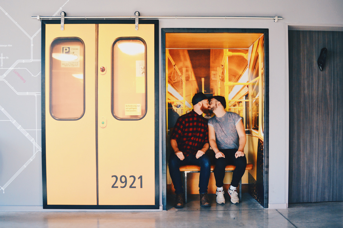 Review of our 3-days stay at the gay-friendly MOXY Hotel Berlin Ostbahnhof © Coupleofmen.com