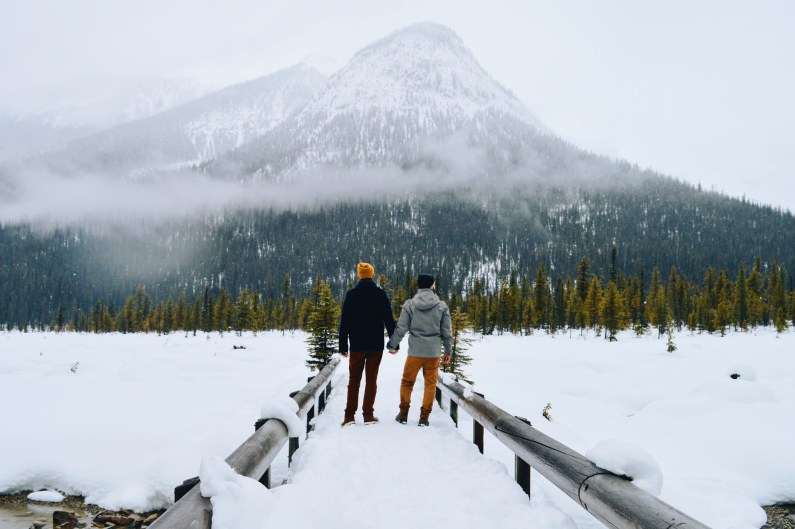 We couldn't resist to take this shot! wow | Emerald Lake Lodge gay-friendly © Coupleofmen.com