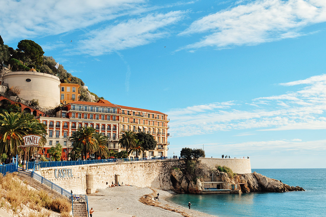Gay Couple Travel France City Weekend Nice View over the coast, beach and castle holl of the City of Nice - Gay Couple City Weekend Nice © CoupleofMen.com
