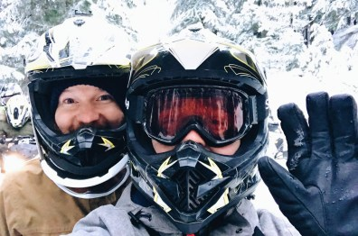 Let's start our snowmobiling twilight tour | Zip Lining Snowmobiling TAG Whistler Gay-friendly © Coupleofmen.com
