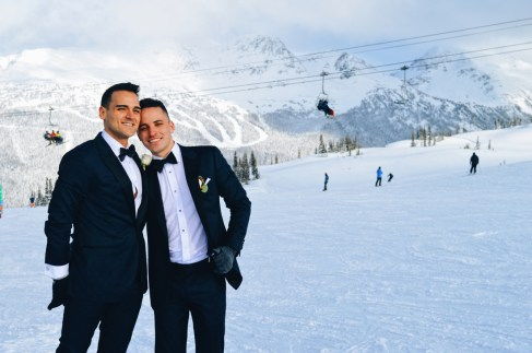 These two handsome man got married on the slope of Whistler Black comb | Whistler Pride 2018 Gay Ski Week © Coupleofmen.com