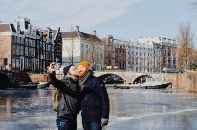 A Gay Kiss Selfie on the ice of the Keizersgracht   Amsterdam Frozen Canals © Coupleofmen.com