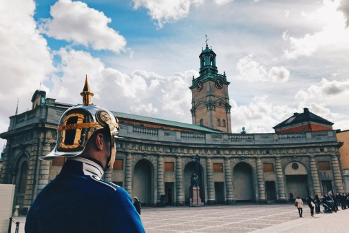 Royal Guard protecting the Royal Palace | Gay Travel Tips for EuroPride 2018 Stockholm © Coupleofmen.com