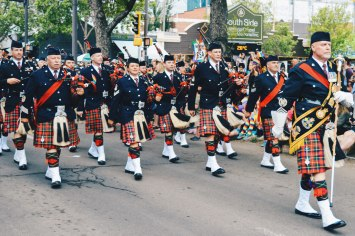 Celebrating Scottish Heritage with Bagpipes | Gay Edmonton Pride Festival © Coupleofmen.com