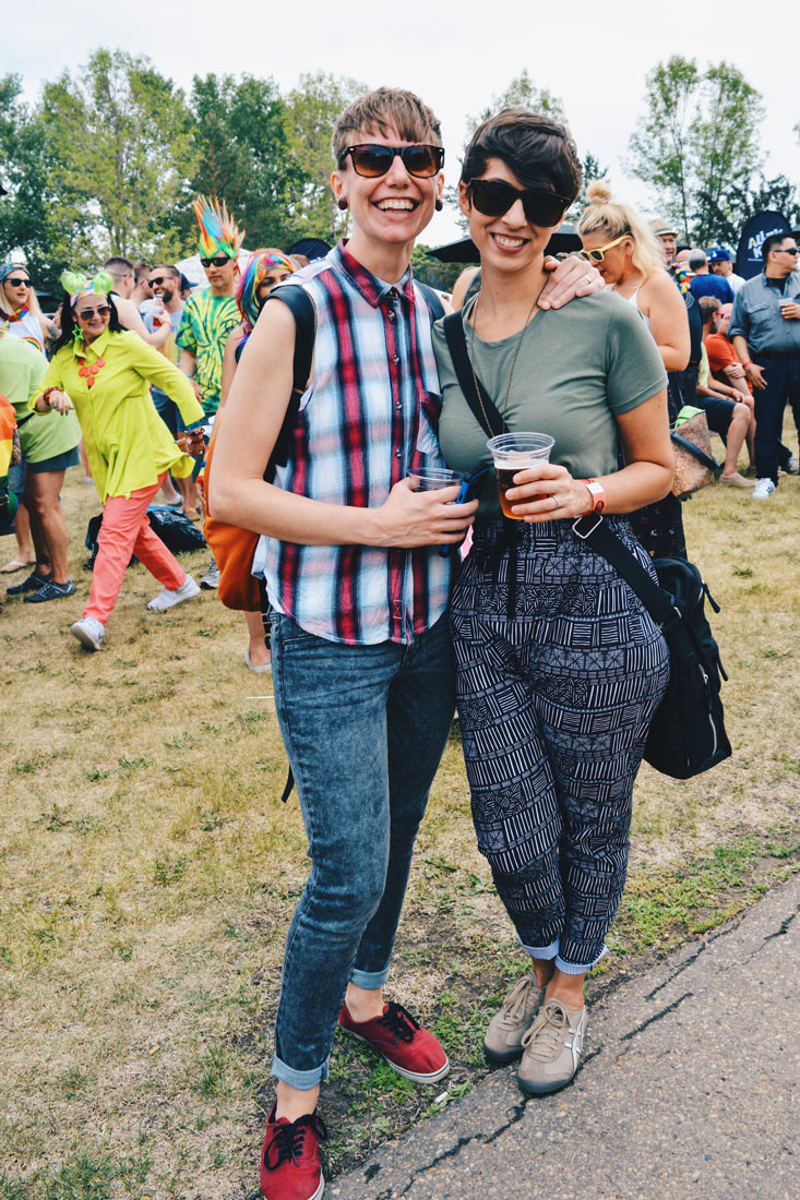 What a lovely Lesbian Couple from Edmonton | Gay Edmonton Pride Festival © Coupleofmen.com