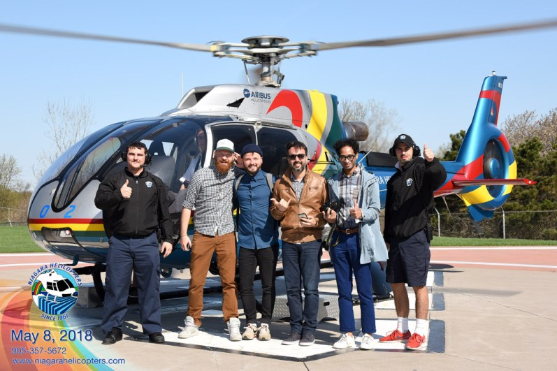 Right before the start: EXCITING! Niagara Helicopter Limited | Must Do's Niagara Falls Canada © Coupleofmen.com