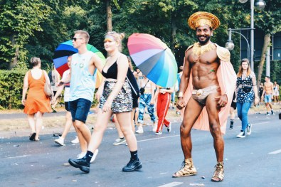 Sexy dancers and LGBT travelers from all around the world | CSD Berlin Gay Pride 2018 © Coupleofmen.com
