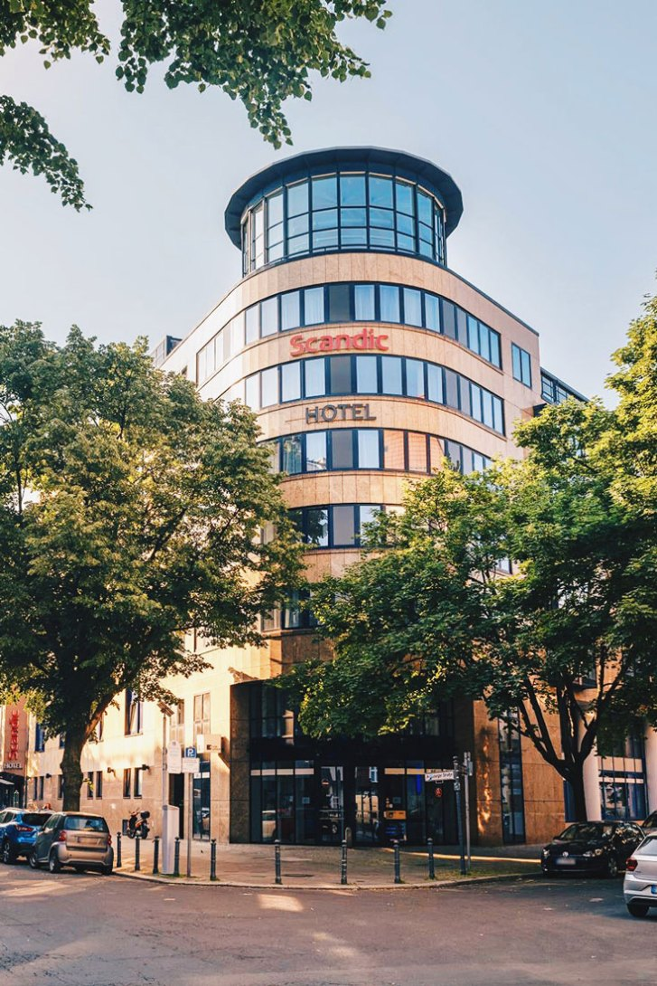 Front view of the Scandic Berlin Kurfürstendamm gay-friendly Hotel