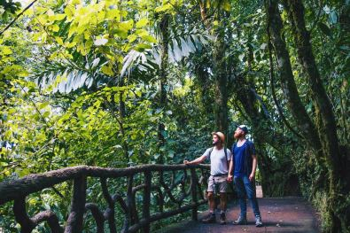 A dream came true when walking through the rainforest of the Mistico Park | Gay-friendly Costa Rica © Coupleofmen.com