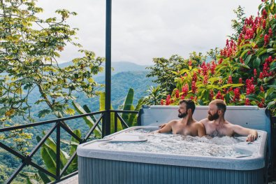 Gay Travel Journal Costa Rica Something different: Costa Rica Bird Watching from a private hot tub | Gay-friendly Costa Rica © Coupleofmen.com